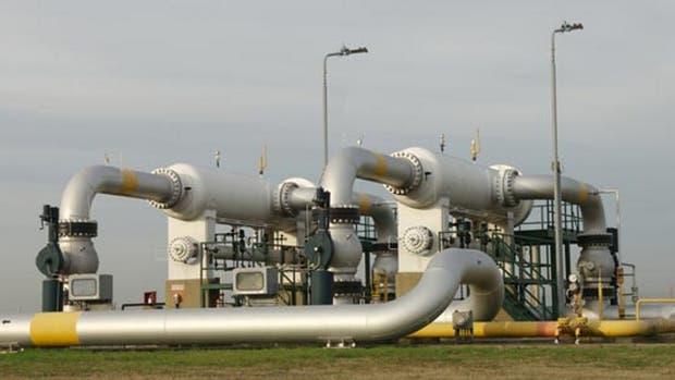 """Betnaza señaló que el """"ciento por ciento"""" de los tubos que se usan en la obra son de producción nacional, repartidos entre tres empresas, aunque Techint es la mayor proveedora"""