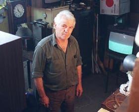 Osvaldo, técnico en televisores, encontró un hogar en Emaús