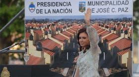 La presidenta Cristina Kirchner encabezó el acto de entrega de escrituras del Programa Nacional de Construcción de Viviendas, en Jose C. Paz
