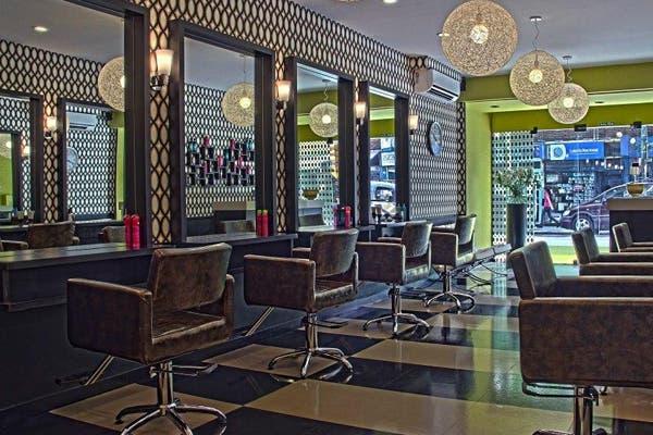 Lo mejor de esta peluquería son las capitas de Gino Bogani. Foto: Gentileza Sax/ Juan Pablo Soler