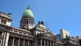 Para facilitar el blanqueo aceleran el tratamiento de la ley de mercado de capitales