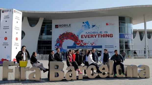 Ejecutivos de grandes operadoras y emprendedores llegaron a la nueva edición del Mobile World Congress de Barcelona, que empieza este lunes