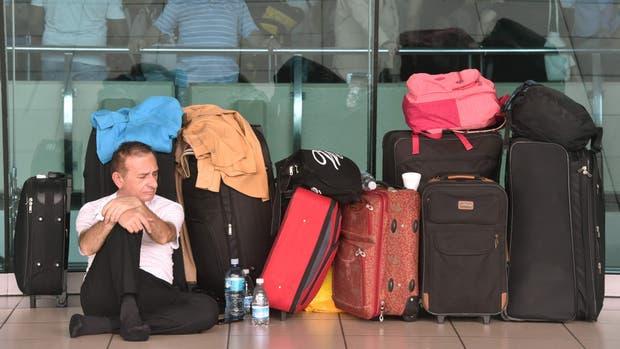 Se suspendieron alrededor de 140 vuelos por un desperfecto eléctrico