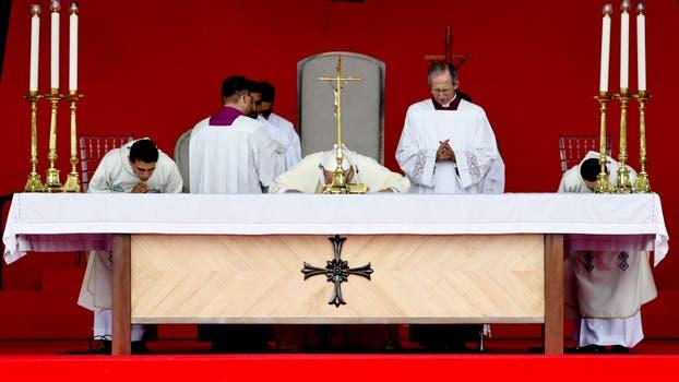 El Papa Francisco en Villavicencio reunido con victimas y victimarios del conflicto armado y encabezando una gran oración por la paz. Foto: Diego Pineda/colprensa