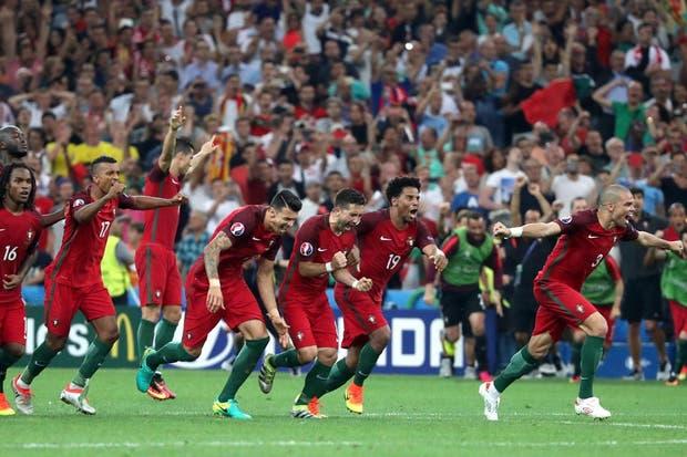Quaresma convirtió y todo Portugal sale a su encuentro para festejar