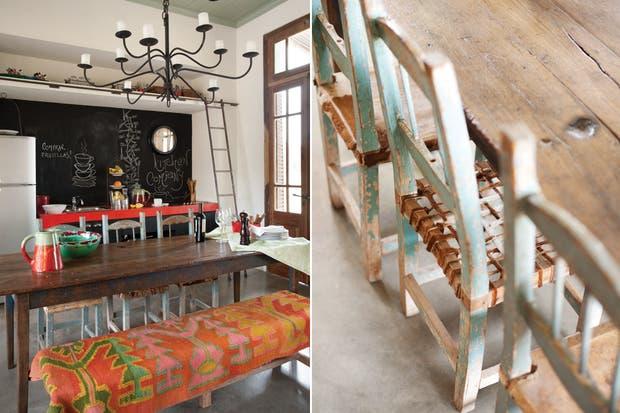 La diseñadora buscó darle a la cocina integrada un aire varonil y canchero con una jugada combinación de colores. La mesada de cemento alisado se pintó con el rojo típico de los ranchos, presente también en los textiles artesanales que visten los ambientes..