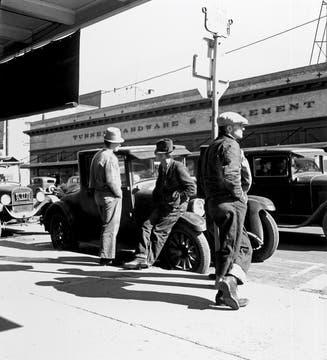Desocupados en Skid Row, California, en marzo de 1937. Foto: Dorothea Lange