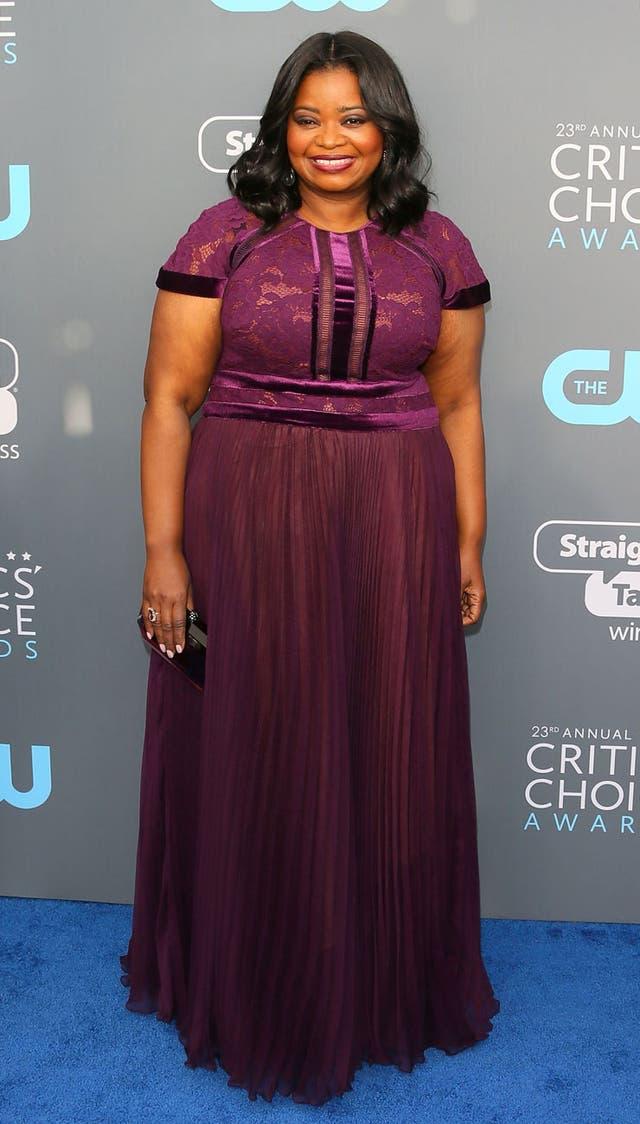 Octavia Spencer, de violeta en los Critic´s Choice Awards
