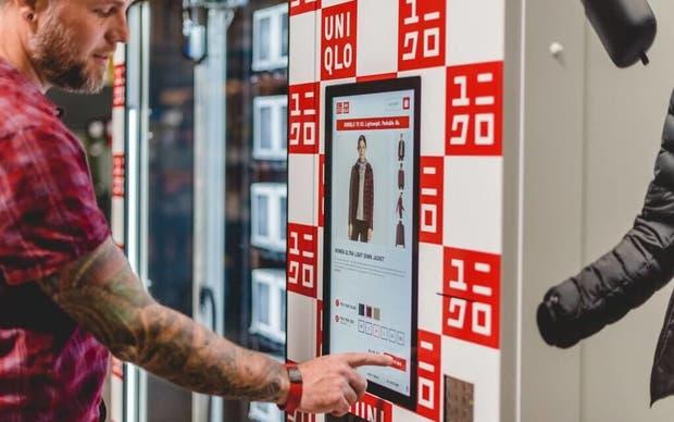 La primera máquina de vending de ropa es de Uniqlo