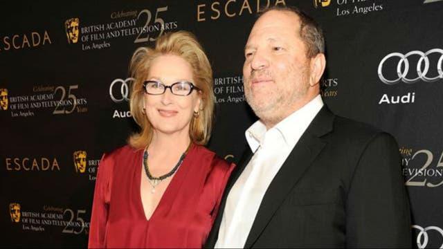 Harvey Weinstein junto a Meryl Streep
