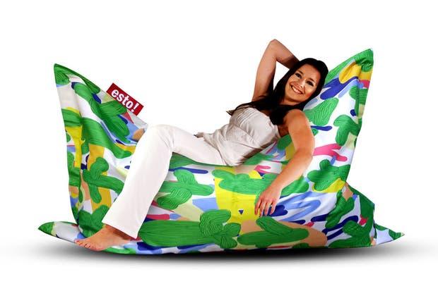 Para tirarse a descansar, los pufs de Quiero-esto!.  Foto:Living /Gentileza Quiero esto