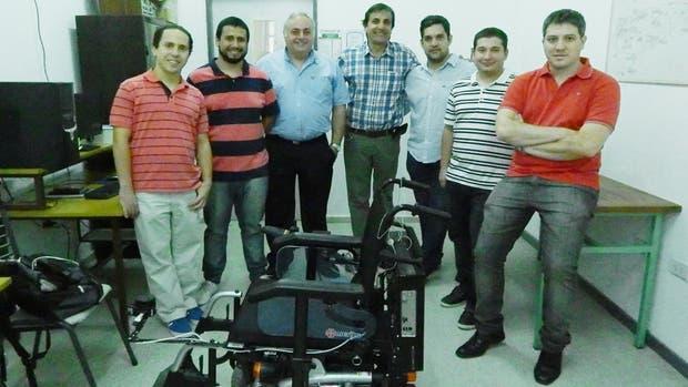 De izquierda a derecha: Martín Raschi, Lucas Zalazar, Eric Laciar Leber, Enrique Ávila, Claudio Rosales,Luciano Carmona y Pablo Diez