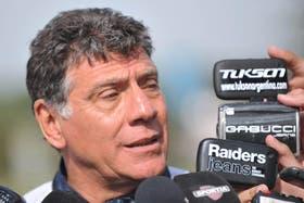 Brindisi dejó el cargo tras el descenso y no conseguir un triunfo en las cuatro primeras fechas del Nacional B