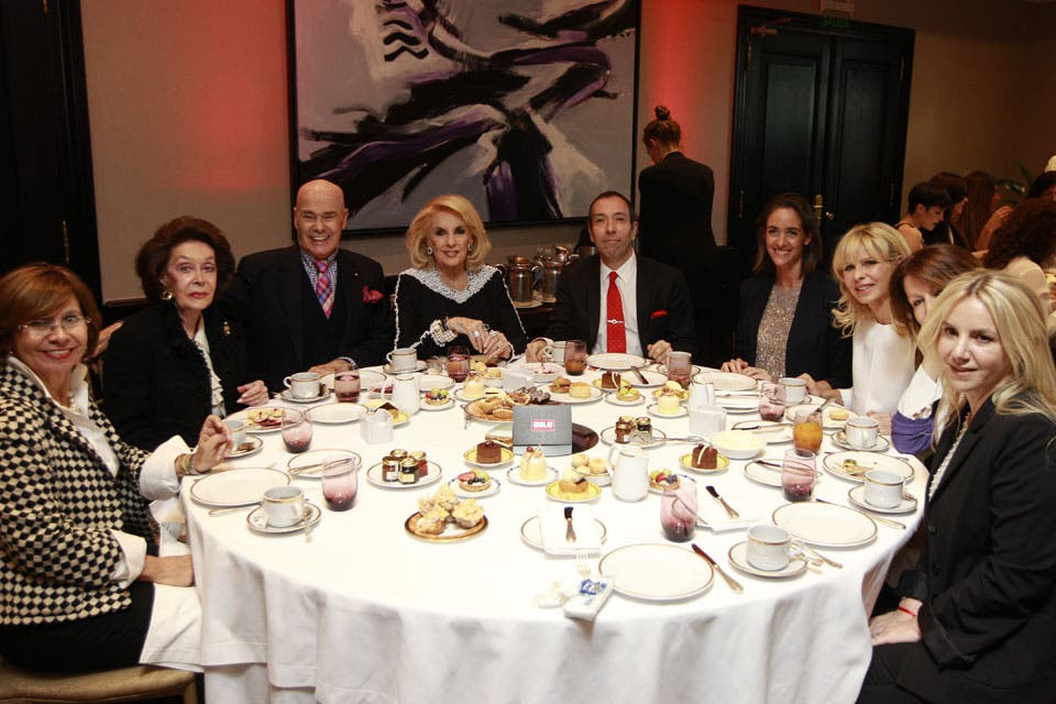 Mirtha Legrand compartió mesa con Gino Bogani, Agustina Ayllón, Karina Rabolini, Dolores Mitre y Ana D''Onofrio, entre otros. Foto: /Fabián Marelli