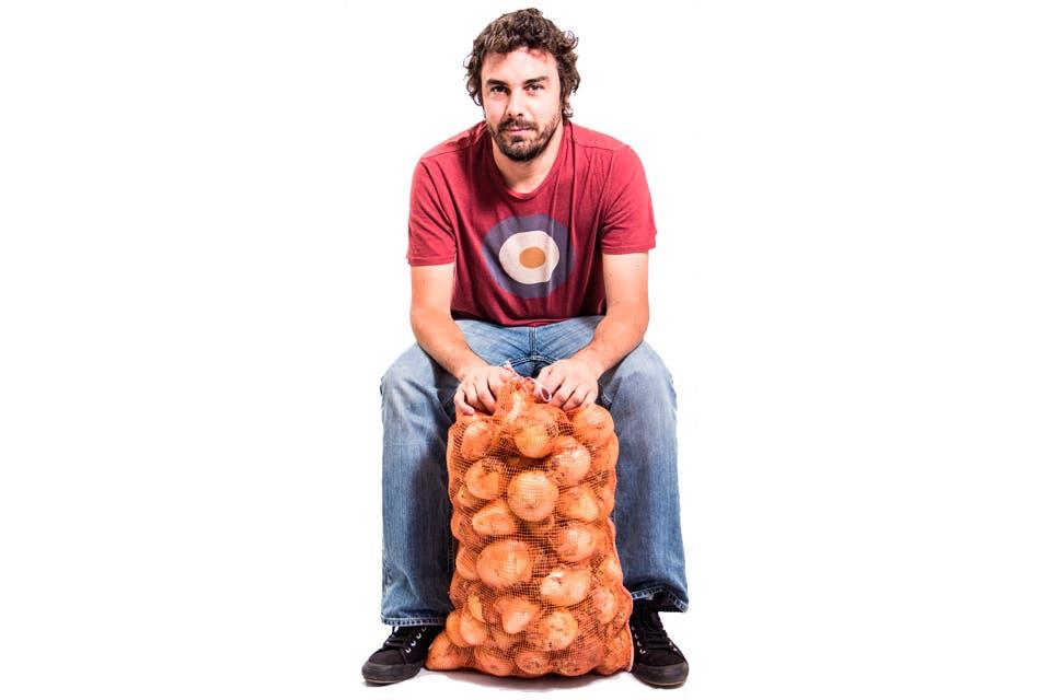 """Diego González Carvajal creó """"Interrupción"""", una red de pequeños y medianos productores que tiene como paradigma el comercio justo. Ya se extendió a otros países y factura 15 millones de dólares al año."""