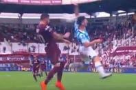 El penal para Lanús que no fue: al jugador de Rafaela la pelota le pegó en la cabeza y no en la mano