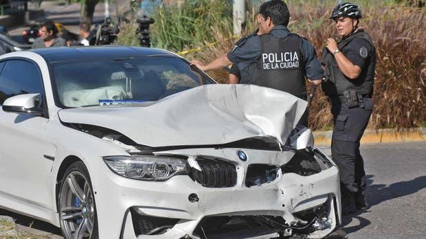 Uno de los autos involucrados en el accidente
