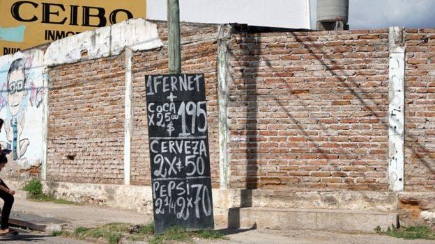 El fernet es típico en toda Argentina. Pero en ningún lugar como en Córdoba, donde lo venden ya mezclado hasta en la calle