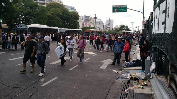 Corte, acampe y caos de tránsito en 9 de julio