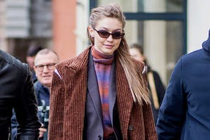 Los looks de Alexa Chung, Olivia Palermo, Gigi y Bella Hadid en London, Milan y Paris Fashion Week