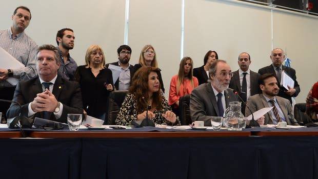 Diputados dictaminó a favor del proyecto de paridad de género