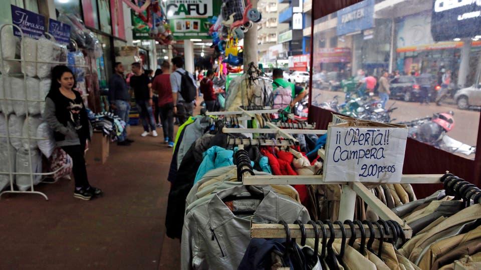 Los precios de los productos están en pesos argentinos. Foto: LA NACION / Emiliano Lasalvia /Enviado especial