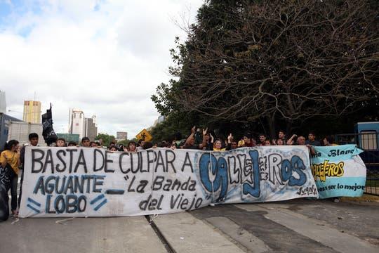 10 años y nueve meses de prisión para el empresario Omár Chabán y 7 para el líder de la banda Callejeros por la la tragedia en Cromañón. Foto: LA NACION / Silvana Colombo
