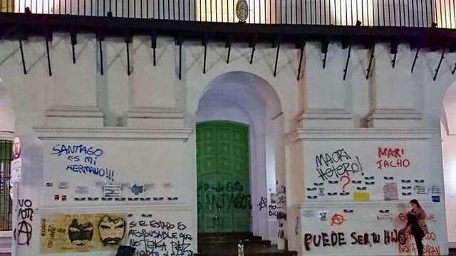 Pintadas en el Cabildo