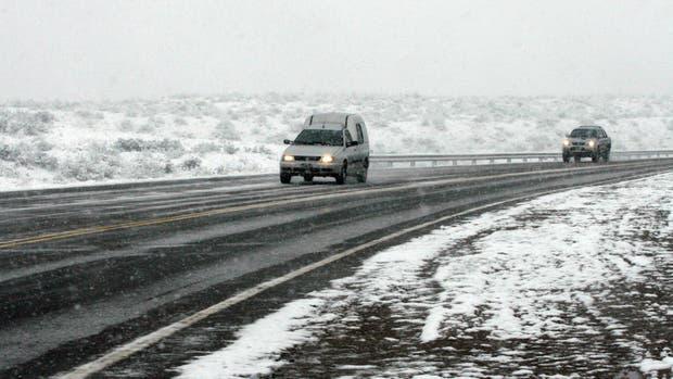 Por la nieve, Mendoza cerró el paso a Chile para todos los vehículos