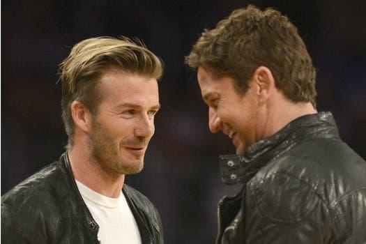 En California, David Beckham y  Gerard Butler se cruzaron en el partido de Orlando Magic contra Los Angeles Lakers. Foto: EFE