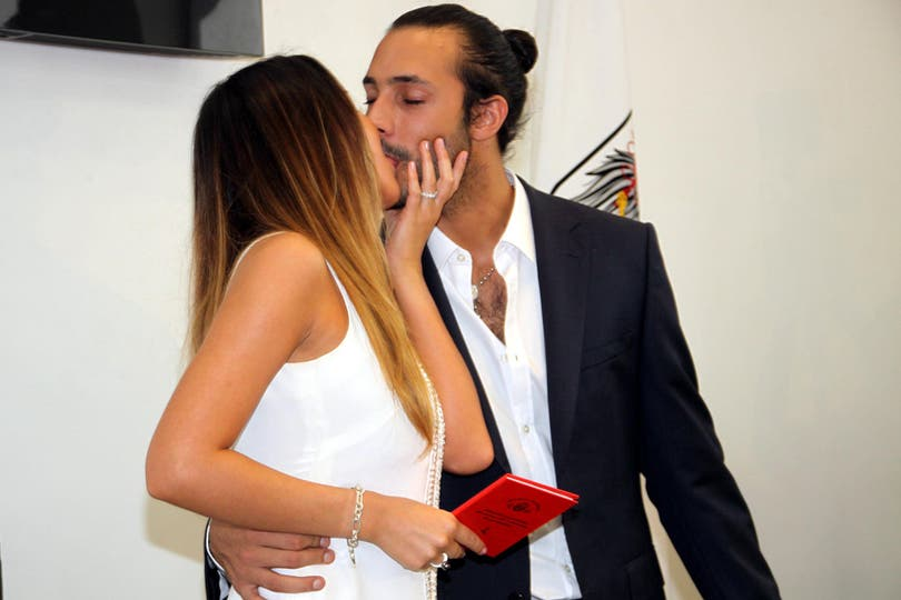 Abril, de 2011. El «sí, quiero» de la pareja.. Foto: Virtual Press