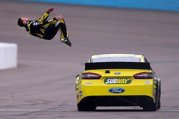 Buen, si hago este salto no la cuento más.  /Fotos de Reuters, AFP, AP y EFE