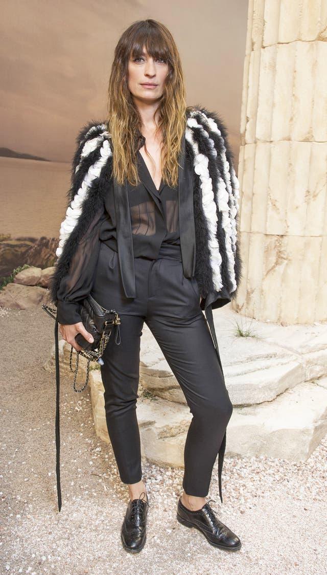 La ex modelo, escritora y embajadora de la marca, Caroline de Maigret