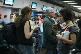Pasajeros que viajaban a Ushuaia desde Aeroparque, este domingo