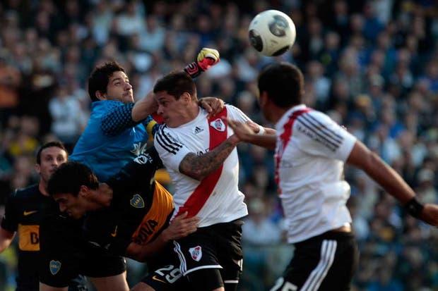 River y Boca empataron 1 a 1 en un superclásico con polémicas y muy entrecortado (foto Aníbal Greco).  Foto:LA NACION /Aníbal Greco