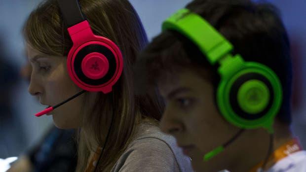 Las estadísticas dicen que las mujeres juegan más videojuegos que los varones