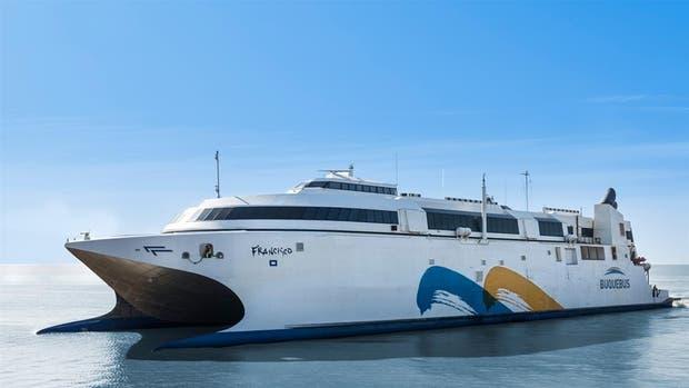 La empresa Buquebus inauguró ayer las obras de ampliación de su terminal en Puerto Madero