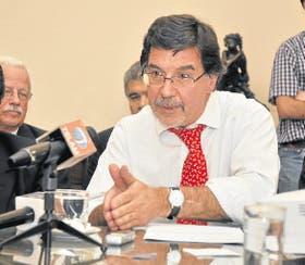 Sileoni, durante la conferencia de prensa en el Ministerio