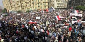 Cientos de miles de egipcios se manifiestan en El Cairo