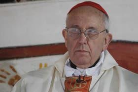 """Días atrás, Bergoglio sostuvo que la renuncia del papa Joseph Ratzinger fue """"un gesto revolucionario, un cambio en 600 años de historia"""""""