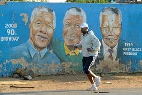 En Sudáfrica esperan la mejoría del ex presidente