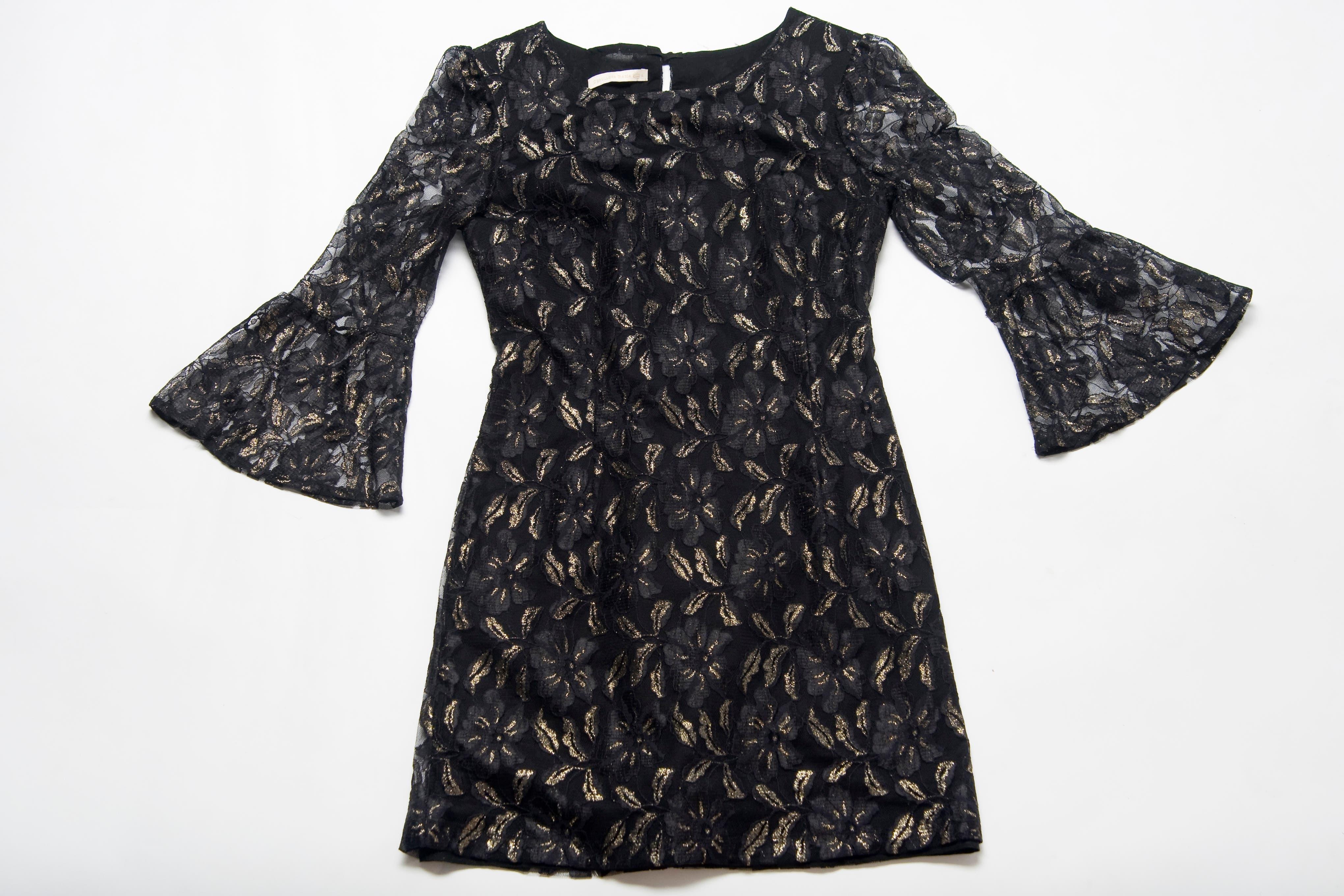 Vestido negro de encaje (Orgullosa María, $690).