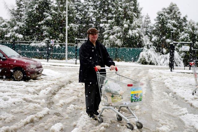 La nieve logró una acumulación de cinco centímetros en la zona céntrica