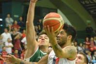 Con un extraordinario tiro de espalda del Penka Aguirre, San Lorenzo venció a Ferro