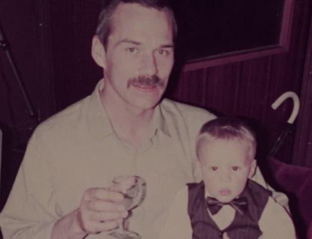 Barry murió de sida en septiembre de 1986. En los 70 fue contagiado de Hepatitis B y en los 80 de VIH.
