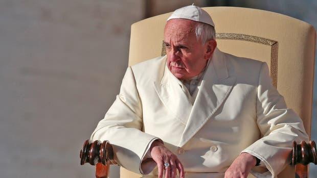 Francisco pidió que mañana se rece un minuto por la paz