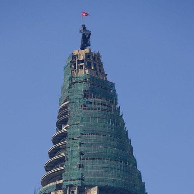 En 2008, una empresa egipcia reanudó su construcción