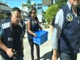 Allanamiento de las cajas de seguridad de Balcedo - Fuente: Telemundo - Canal 12 Montevideo