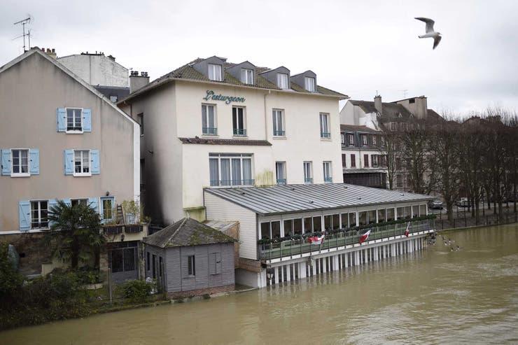 Las imágenes de la alarmante crecida del río Sena en París