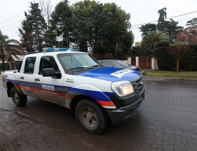 El 9 de julio de 2013, a las 6, un grupo de asalto táctico de la Bonaerense entró a los tiros en la casa de Pedro Tomás Viale, en Moreno, en un operativo antidrogas